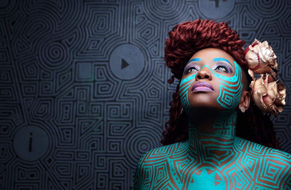 3 questions à… Muthoni Drummer Queen (Kenya)